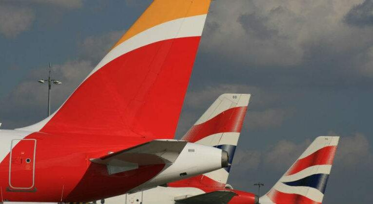 IAG Fights To Save The 2 Euros After Dropping 3.5%
