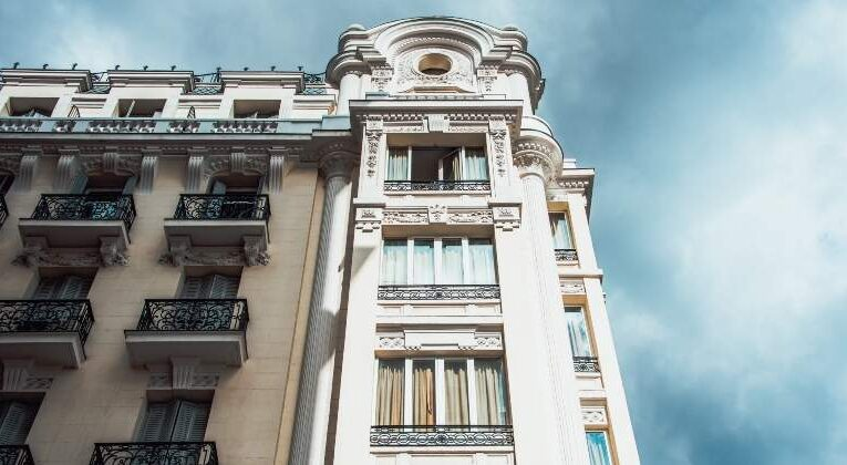 Luxury Housing In Spain Resists The Pandemic With Growth Forecasts
